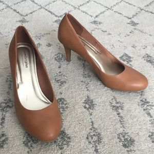 Predictions Comfort Plus Tan Faux Leather Pumps